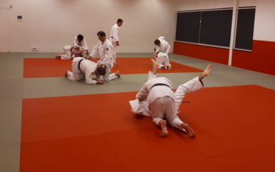 De judolessen gaan naar één uur